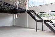 Escada com Mezanino